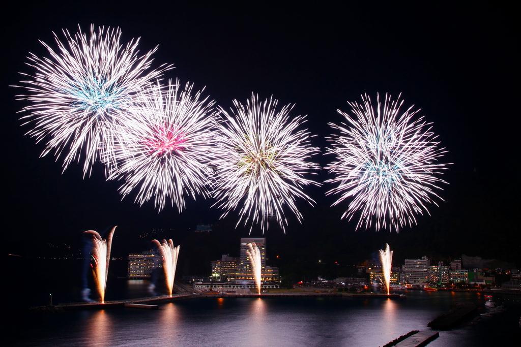 8月の静岡県花火大会スケジュール!